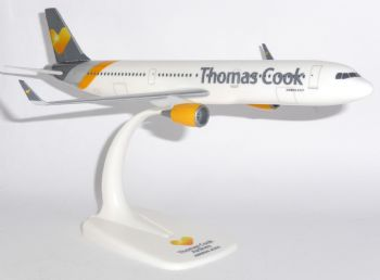 Airbus A321 Thomas Cook Airways UK Collectors Snap Fit Model Scale 1:200  E